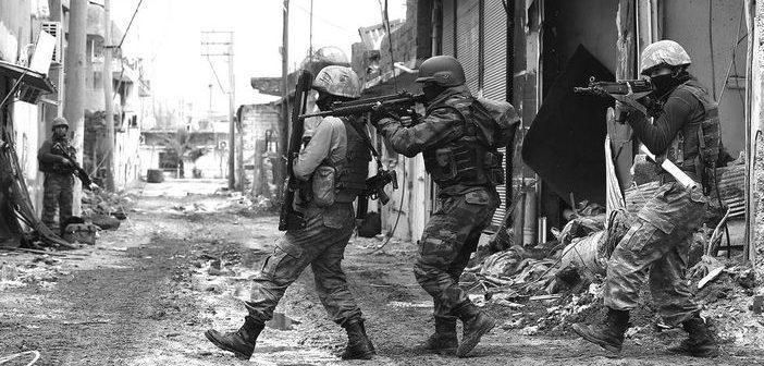 TURQUIE – Épuration ethnique, guerre civile et démocratie mourante