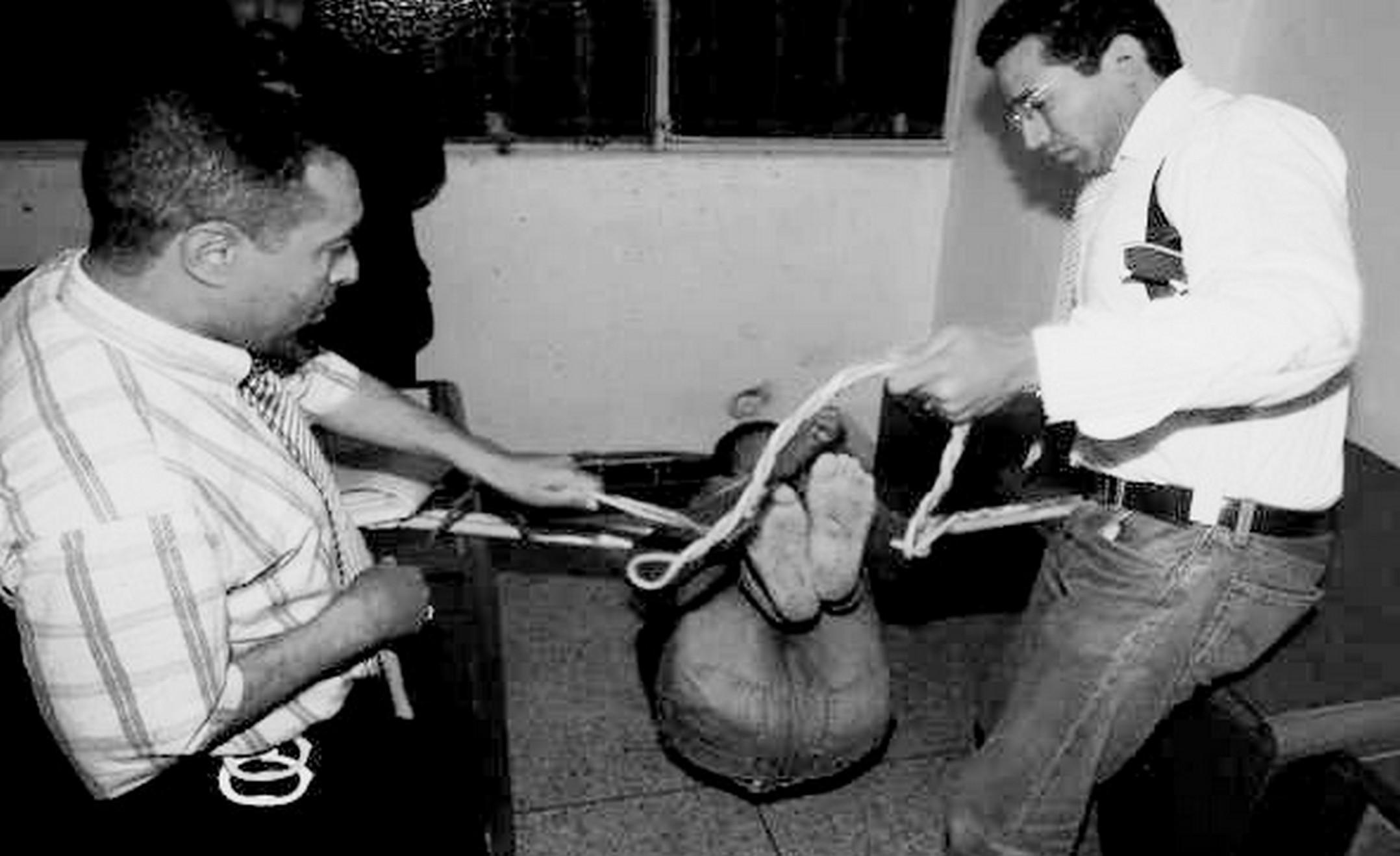 Torture des femmes avec des fouets